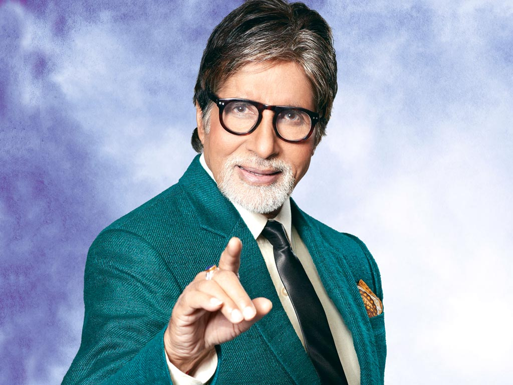 10 Versatile Superstars Of Our Bollywood